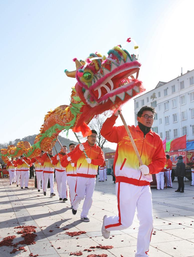 潍坊:红红火火迎新春