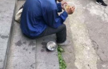 """面馆不给乞丐用碗被指""""瞧不起人"""" 店主这样回应"""