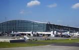 英国高官因反对伦敦希斯罗机场扩建辞职