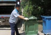 平顶山市新华区加大夏季垃圾清运力度
