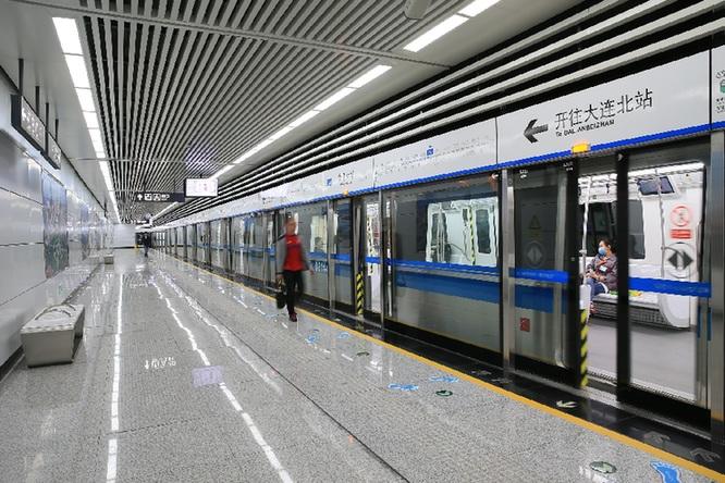大连地铁 2号线满月 客流量196.28万人次-中国-大连地铁公司 大连地铁图片