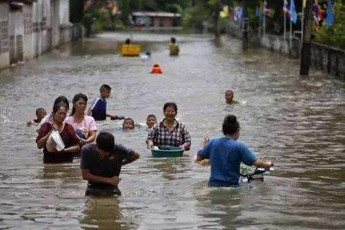 印度:北部暴雨成灾 至少22人死亡