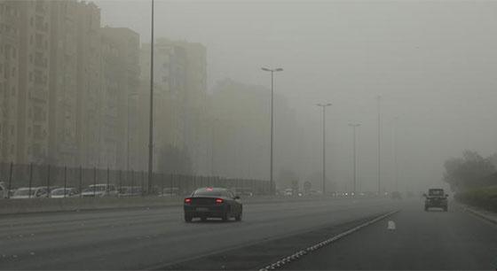 沙尘暴突袭科威特