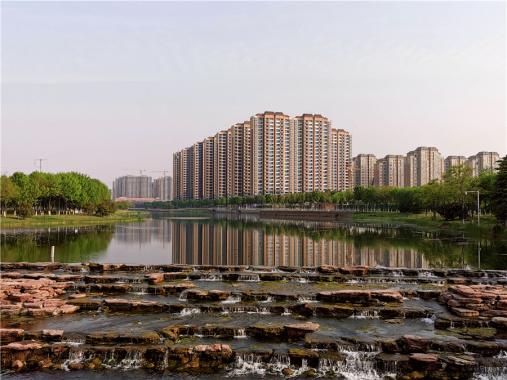 河南许昌:芙蓉湖春行