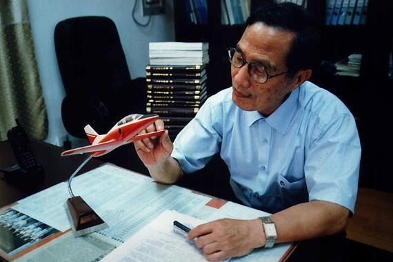 k8教练机之父,著名飞机设计专家石屏院士逝世-中国