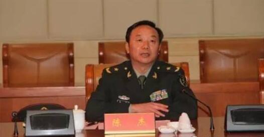 作为解放军选出的人大代表,今年3月,陈杰在全国人代会上还参加讨论