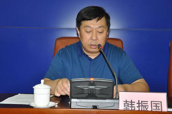 韩振国/庞金良为济南市人民政府办公厅副主任(列副主任第一位);