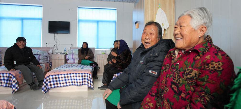 文登:日间照料居家养老模式在乡村推广