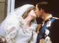 摄影史上的经典吻照