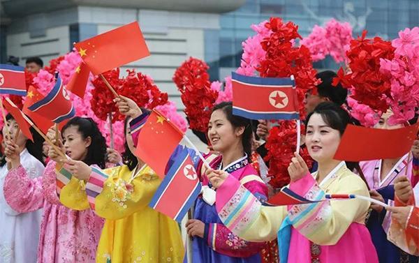 中国艺术团访朝演出获热情点赞:观众跳着鼓掌