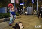 四川成都:街头艺人成为城市文化名片