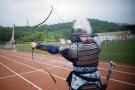 中国美院一群95后这么玩弓箭 花半年时间做了一套盔甲
