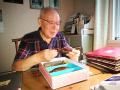 杭州81岁老人收藏两百多把铜锁 对诗才能打开的锁见过吗