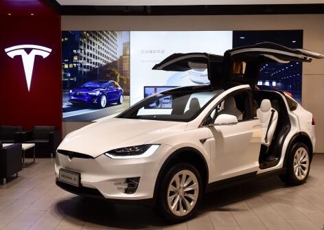 特斯拉面临严峻挑战 汽车生产商正力推电动SUV