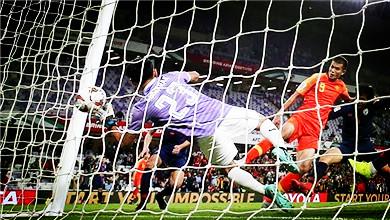 亚洲杯 中国队2:1逆转泰国 挺进8强