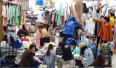 郑州市批发市场商贩生意惨淡 要求降一半房租被拒
