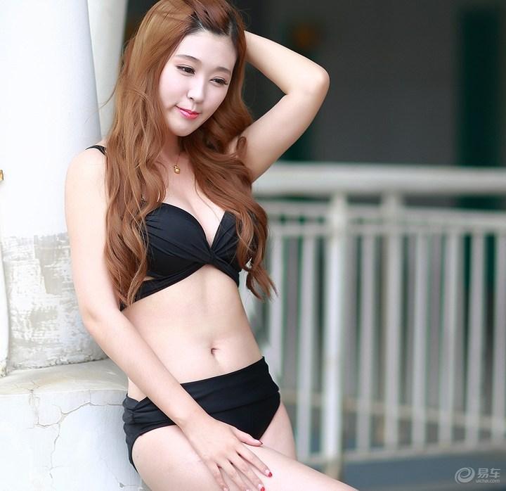 韩范美眉 娇羞可爱