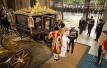 任性的特朗普非要坐女王的黄金马车,愁坏了伦敦警察