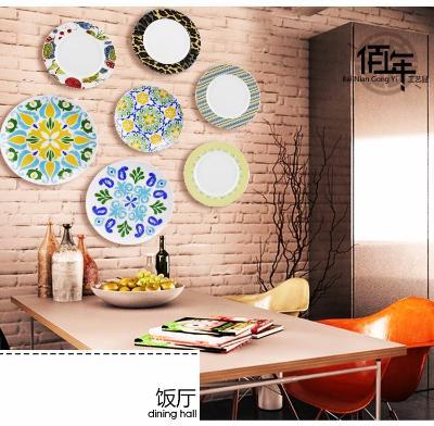 将这样的装饰放在自家的墙面上,你的小家肯定会不落俗套,而又充斥着图片