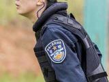 中国女特警狙击手功夫了得 吓跑相亲对象