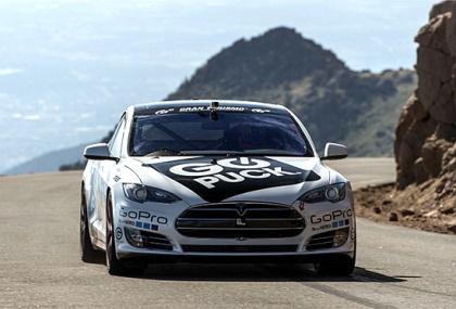 特斯拉Model S刷派克峰纪录