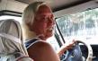 快車司機撿到乘客手機 索要5000元誤工費被報警