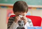 擤鼻涕一边一边来才对 孩子得了中耳炎怎么办