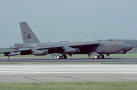 美军重大事故:轰炸机被撞 多枚氢弹丢失