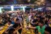 外媒关注青岛国际啤酒节 参与者直呼过瘾:似春节