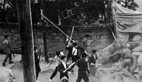 """买彩票的正规网站:黑市横行:朝鲜战争""""特需景气""""拯救了日本"""