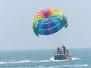 中国游客在泰国玩水上滑翔伞 心脏病突发后死亡