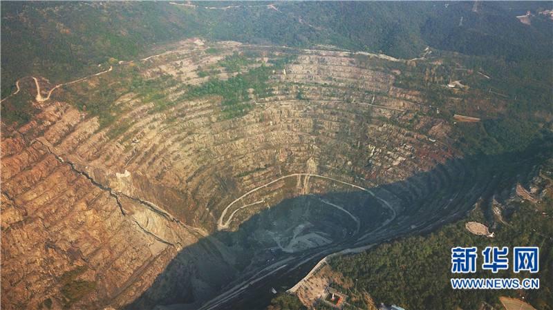 大金娱乐步步为赢:2022年山东大中型矿山绿色矿山建成率达到95%以上