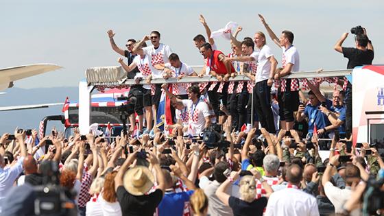 克罗地亚为英雄准备好了隆重的欢迎礼