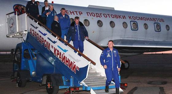 俄飞船发射失败 宇航员死里逃生