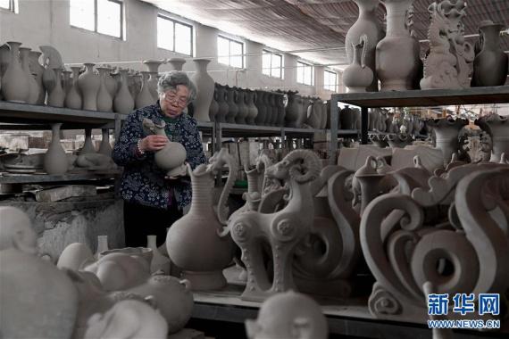 孟玉松——天青釉色绘就瓷艺人生