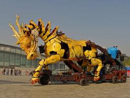 """文化使者""""龙马精神""""向世界展示中国魅力"""
