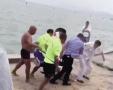 徐州男子云龙湖溺水挣扎被救 暂时脱险住进ICU