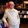成品书店创始人逝世