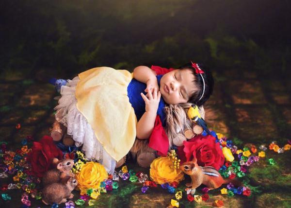 小婴儿变身迪士尼公主