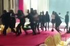 20多名模特遭殴打