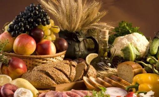 科学家发现高纤维饮食可以增加骨密度,缓解骨质疏松