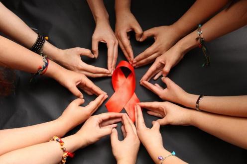 北京2030年消除艾滋病母婴传播!