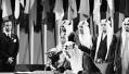 """沙特新版教科书现""""P图"""":星球大战人物尤达大师与国王并坐"""