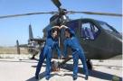 陆军首对夫妻飞行员