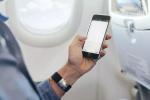 终于,坐飞机可以玩手机了!背后还有笔大生意