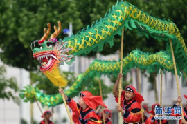 北京市各大公园百万游客体验民俗