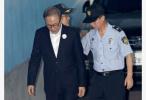 韩国检方提请法院判处前总统李明博20年有期徒刑