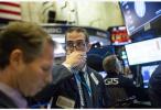 """特朗普经历""""最黑暗时刻"""",美国股市持续暴跌"""
