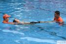 炎夏將至!北京青年湖露天泳場開展溺水救生演練