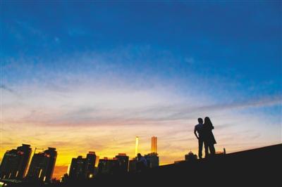 昔日小郑县今日大都市 郑州70年巨变朋友圈遍天下